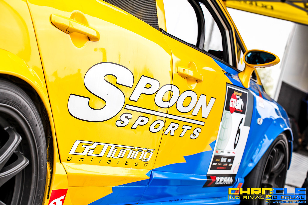 The Spoon Sports FD2 Civic Type R In Full Detail Plus More Video