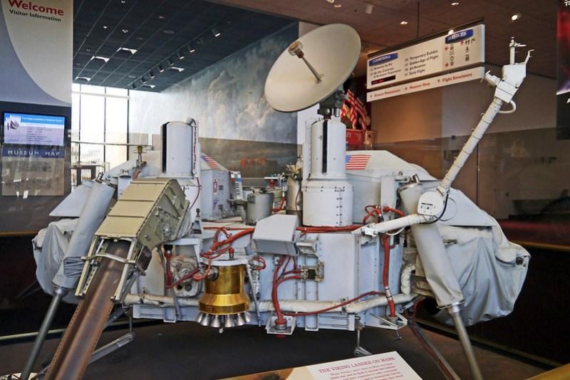 The Viking Lander on Mars