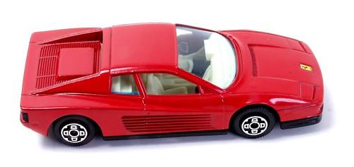 Burago Ferrari Testarossa (1)-001