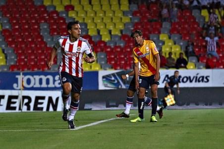Gana Chivas 2-1