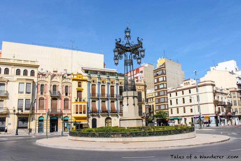 CASTELLÓN DE LA PLANA - Plaza de la Independencia - La Farola
