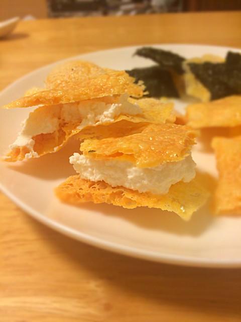 レンチンカリカリチーズでリコッタチーズサンド