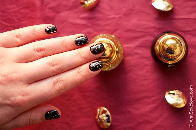 09 Dior Diorific Vernis #001 Golden Shock over #990 Smoky swatches