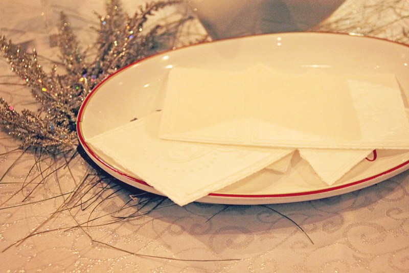 The Perfect Polish Christmas, Sharing oplatek   Alex Inspired