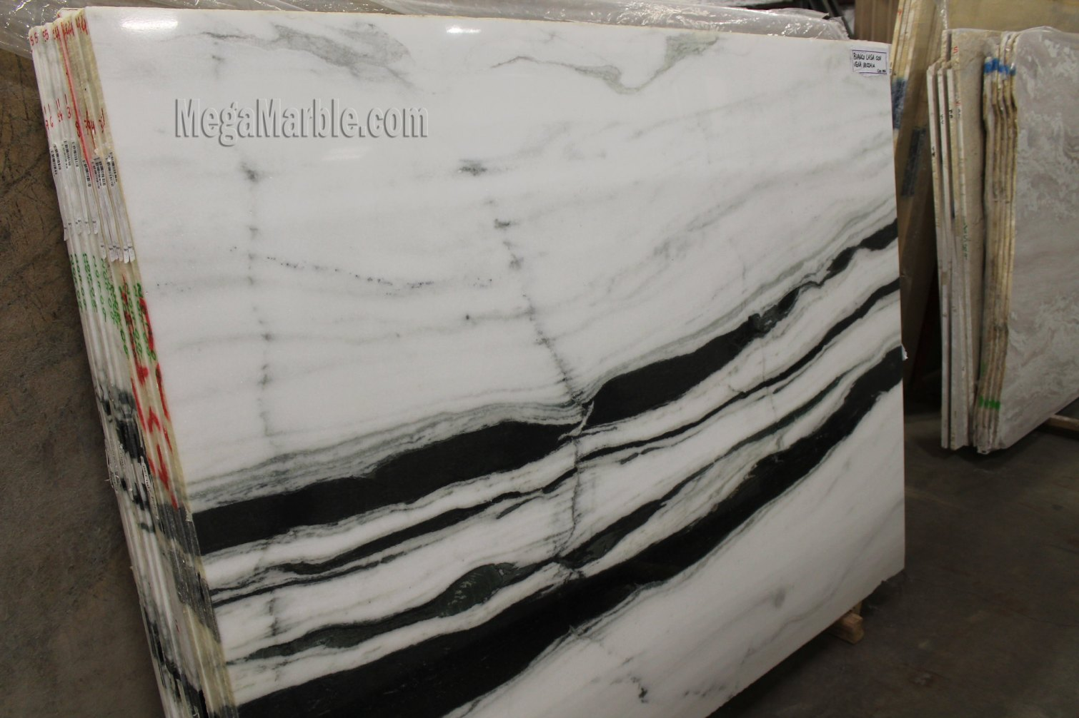Vena Vecchia Marble Slabs
