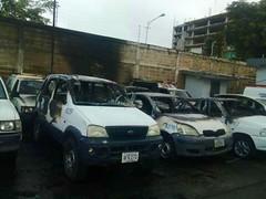 Queman 8 vehículos en Cantv Puerto Ordaz