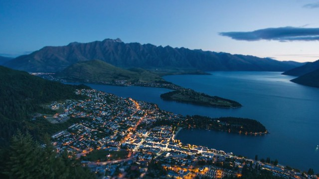 Tiny-Queenstown-00001