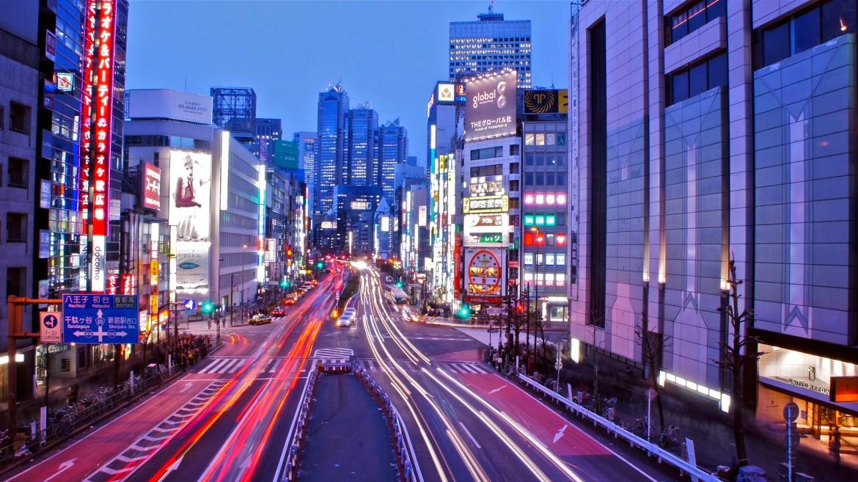 Tokyo Shinjuku : Road to Skyscraper district