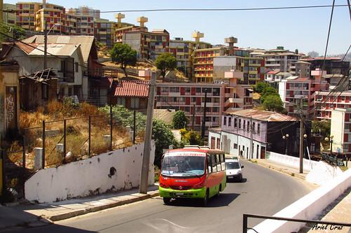 TMV - Gran Valparaíso - Neobus Thunder / M. Benz (XH4801)