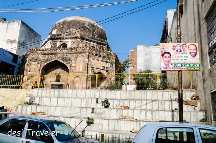 Chaumachi Khan's Tomb Delhi Heritage