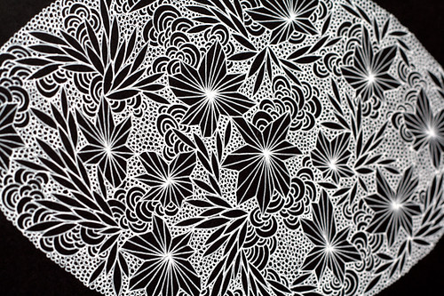 Drawing with white gel pen - detail