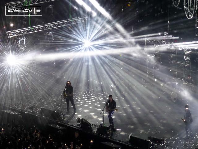 Arctic Monkeys en vivo en el Movistar Arena de Santiago -11.11.2014-