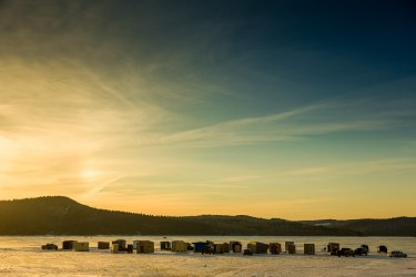ice-fishing-on-kennebecasis-river