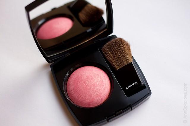05 Chanel   Joues Contraste Powder Blush 170 Rose Glacier