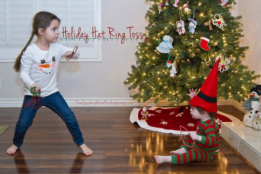 Holiday Hat Ring Toss