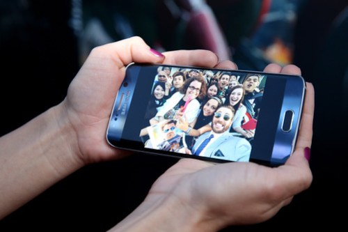 Samsung Galaxy S6 en Premier de Los Vengadores la Era de Ultron