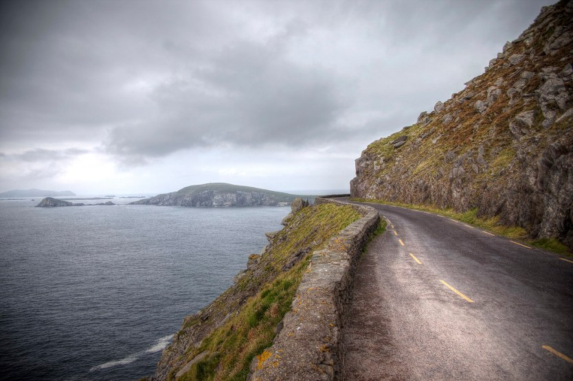 Slea Head, Dingle Peninsula Ireland - Ireland Travelasics Guide.