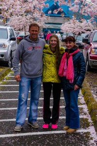 family photo cherry blossoms
