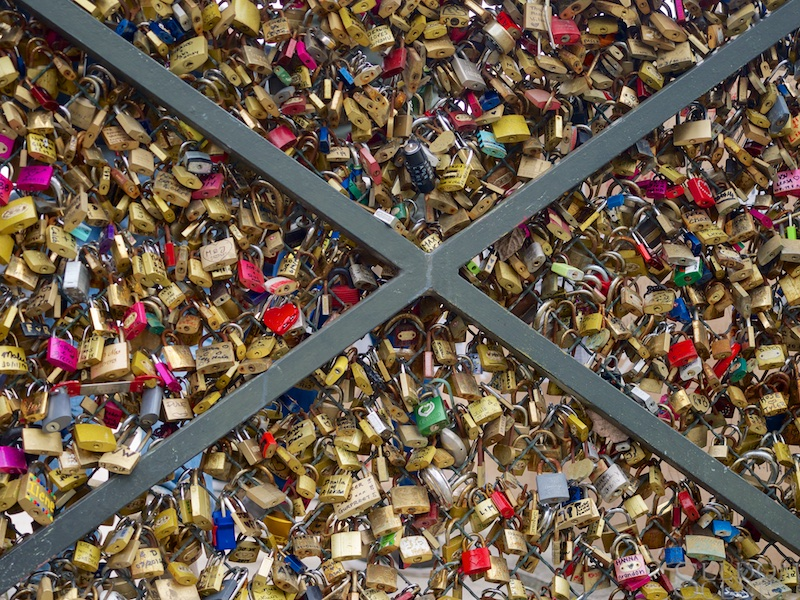 Love locks, redux