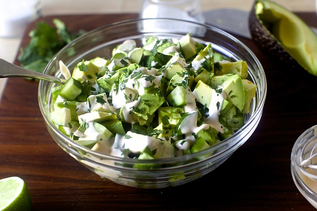 salade d'avocat concombre obsessionnelle