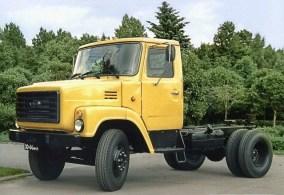 Похоже образ ЗиЛ-Э169 дал жизнь дизайну еще и ГАЗ-3309