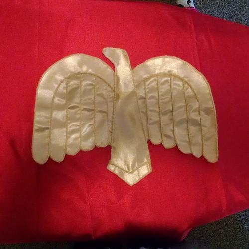1941 Wonder Woman eagle crest