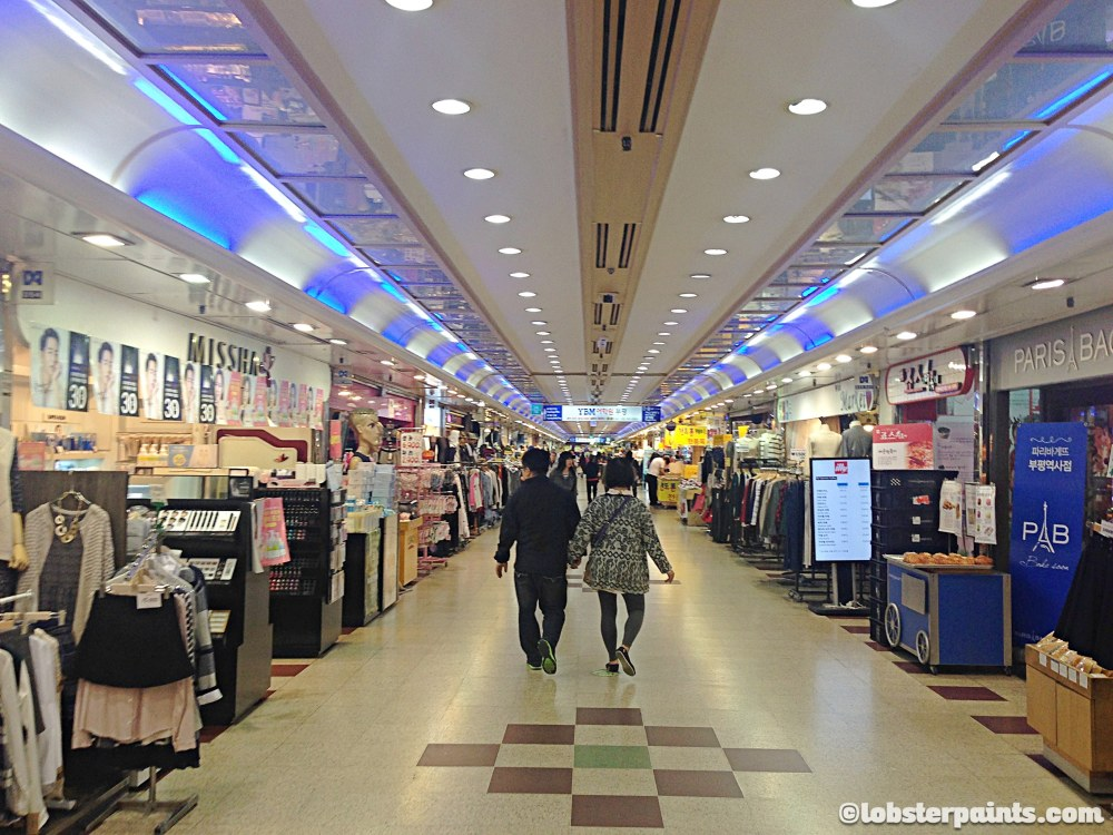 6 October 2014: Bupyeong Station Underground Shopping | Incheon, South Korea