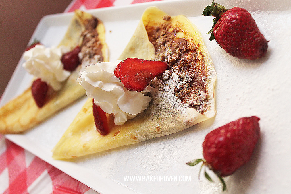 Chocnut Strawberry Crepes