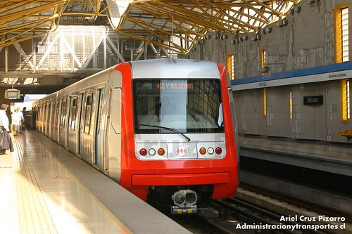 Metro de Santiago - Alstom AS2002 R4461 - Santa Julia (Línea 4A)