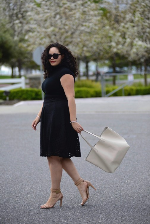 (plus size) Turtle Neck & Checker Burn Out Skirt