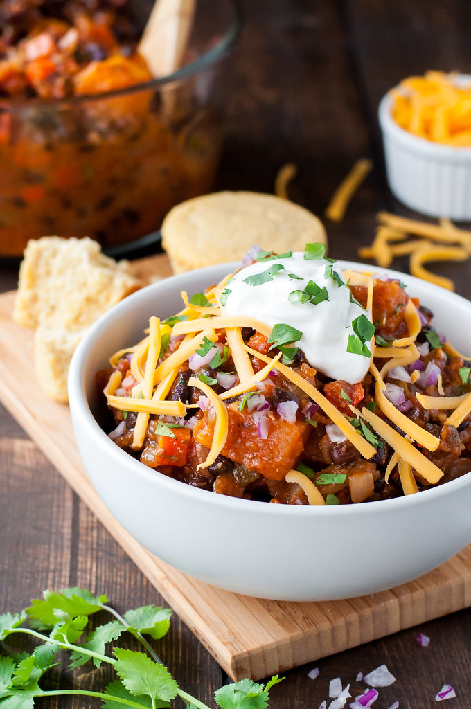 Year-round weeknight chili | gluten-free/vegan