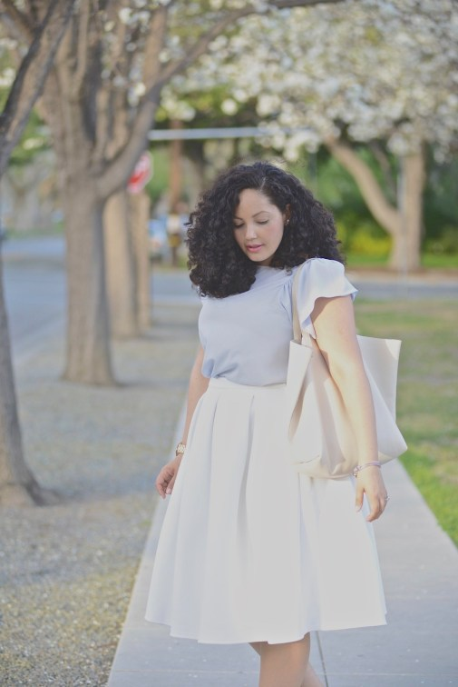 (plus size curvy) White Skirt & Stud Flats