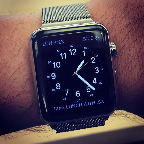 Never been a fan of metal watch bands but this pretty nice