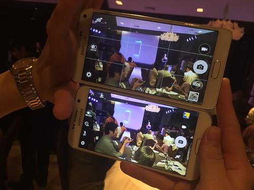 หน้าจอแสดงผล ดูสว่างไฮโซกว่าเดิมมาก เมื่อเทียบกับ Galaxy Note 4