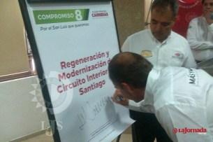 Constructores potosinos manifiestan inconformidades a Carreras López