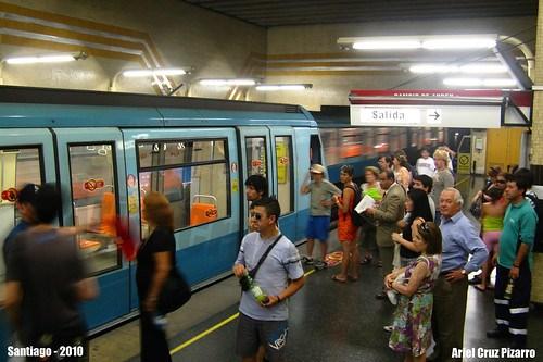 Metro de Santiago - Alstom NS93 - Escuela Militar (Línea 1)