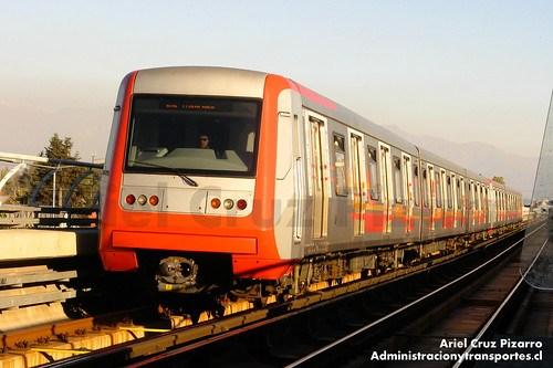 Metro de Santiago - Alstom AS2002 - Los Quillayes (Línea 4)