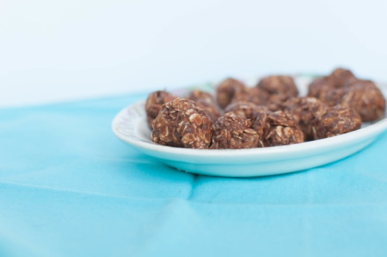 Chocolate Peanut Butter Energy Balls 4