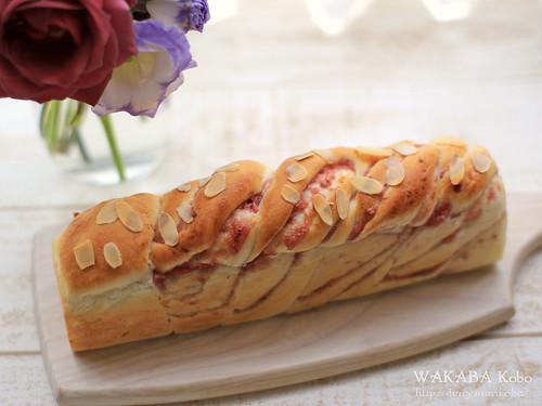 いちごツイストスリム食パン20150418-21-IMG_0594
