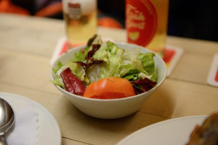 【生菜沙拉】醬料少,有點乾