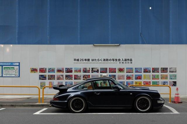 Porsche 911(964) side view 2015/04/24 X1004090