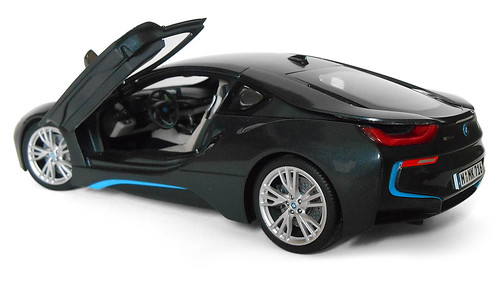 Paragon-BMW-i8-006