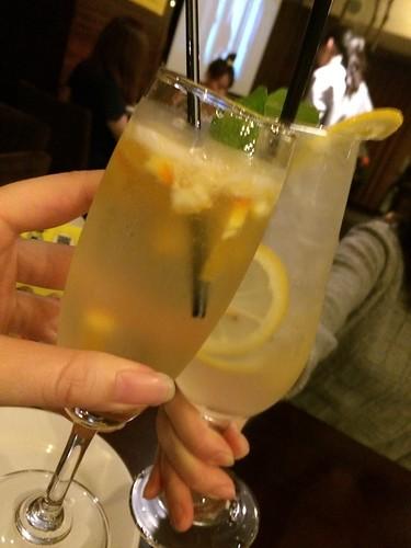 カクテルで乾杯!@ビーハウス