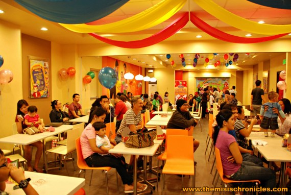 kiddie party at jollibee shell macapagal northbound