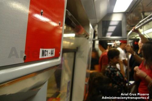 Metro de Santiago - Alstom AS2002 R4444 - Plaza Egaña (Línea 4)