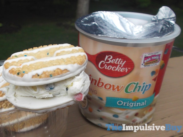 Keebler Limited Batch Birthday Cake Fudge Stripes Cookies 3