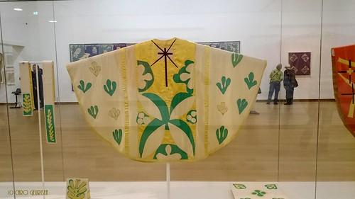 priest cloaks Matisse
