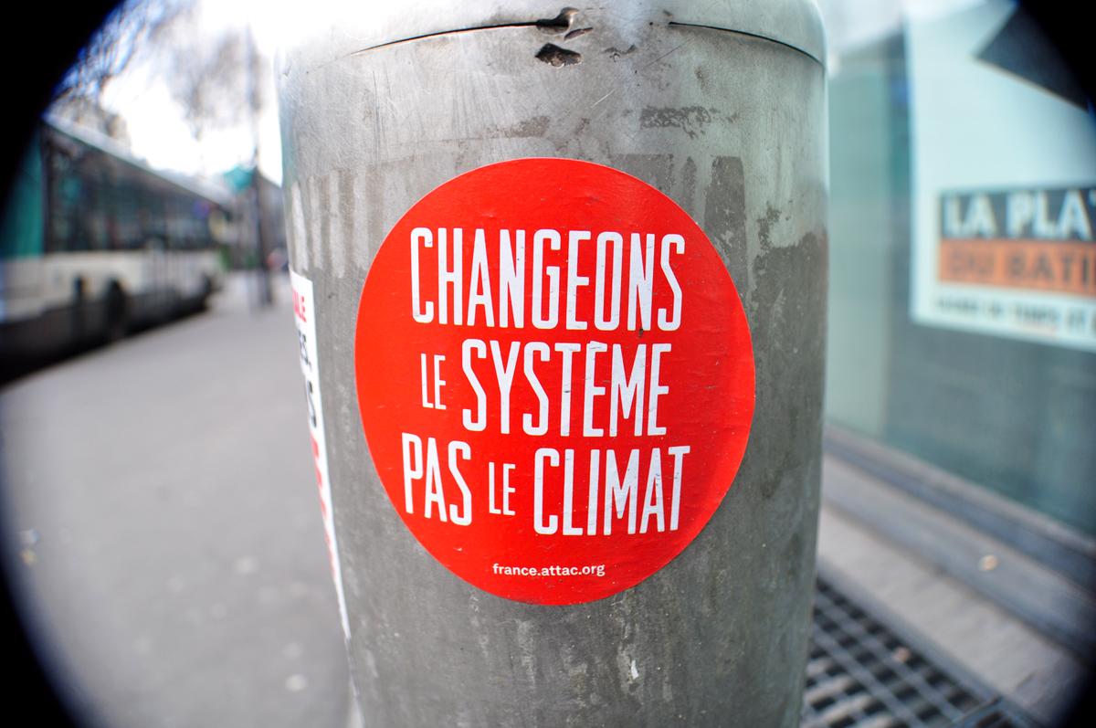 CHANGEONS LE SYSTÈME PAS LE CLIMAT