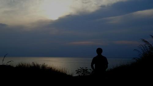 ถ่ายแนว Silhouette ที่แหลมพรหมเทพนี่ บรรยากาศดูเหงาๆ ดี