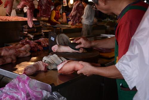 水仙宮市場の肉屋